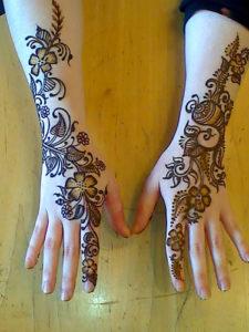 List of Top Girls Mehndi Designs for Eid
