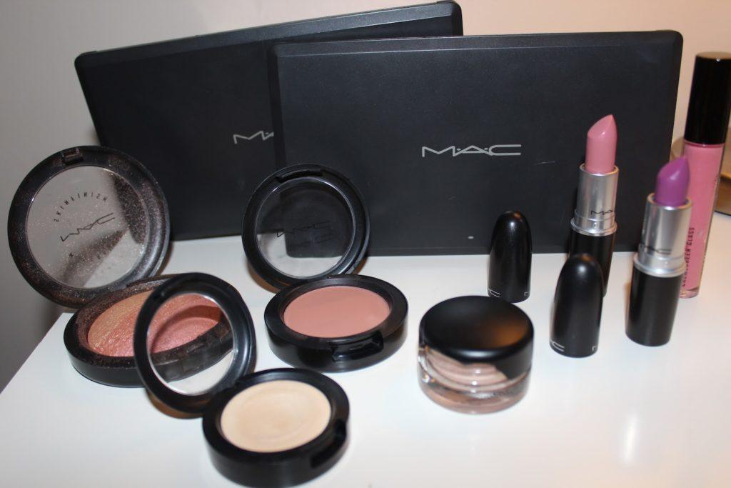 List of Girls Cosmetic Brands in Pakistan 2017