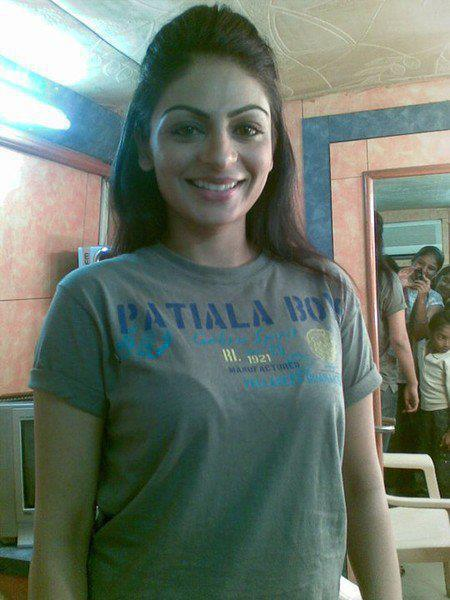 List of Neeru Bajwa movies 2017