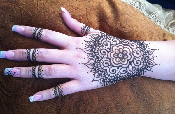 Hands Mehndi Games : Latest eid mehndi designs for hands list of all
