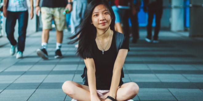 singapore girl whatsapp number
